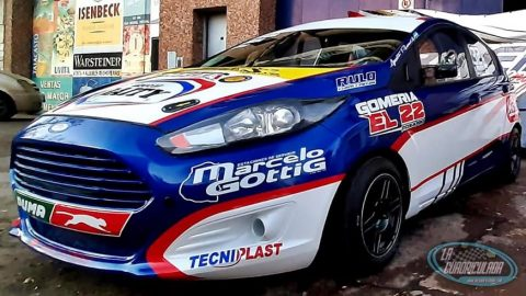 Agustín Rivera tiene listo su Ford Fiesta