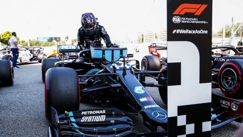 Lewis Hamilton y un claro triunfo en Barcelona