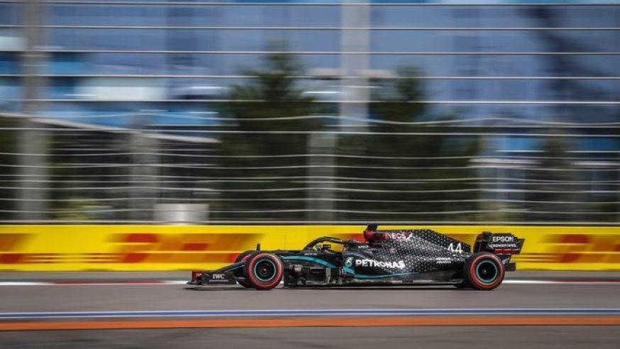 Hamilton y Verstappen en primera fila para Sochi