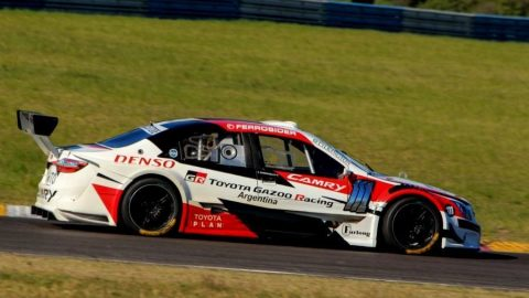 Rubens Barrichello ganó en Top Race