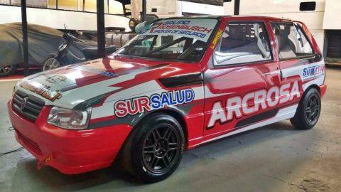 Lucas Canteli estrenó nuevo auto