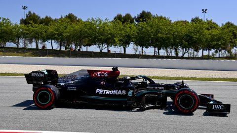 Centésima pole para Lewis Hamilton