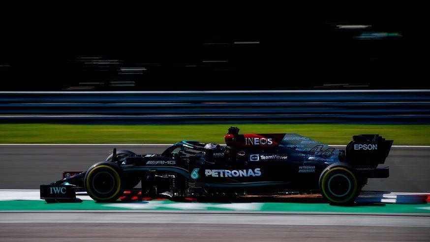 Mercedes partirá en primera fila en Hungría