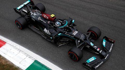 Valtteri Bottas se quedó en pole